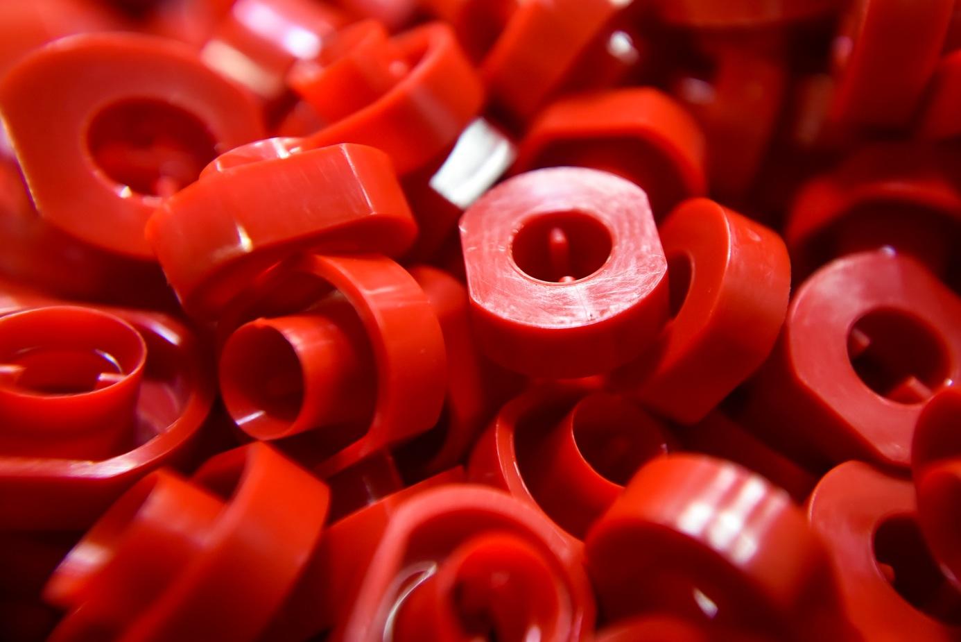 pions en plastique